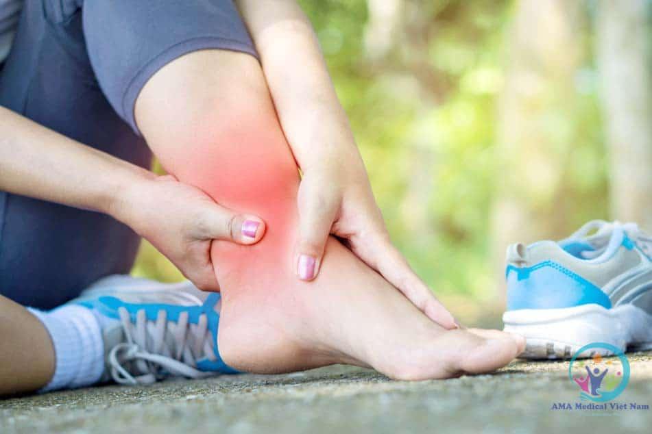 Alphametosin có tác dụng chữa viêm, sưng, phù do nguyên nhân chấn thương (bong gân)